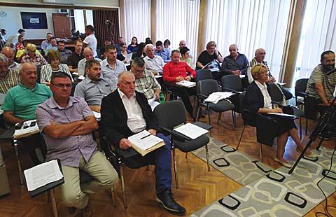 Одборници Скупштине општине Власотинце усвојили су одлуку о измени и допуни Одлуке о буџету